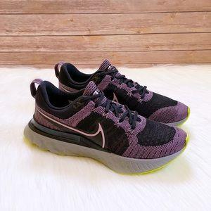 Nike Women's React Infinity Run Flyknit 2 Trainers